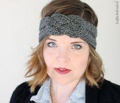 Sailor-Knot-Crochet-Headband-Pattern-Crafts-Unleashed-2