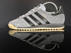 Adidas Shoes OFF!>> Adidas Guam made in Japan 🇯🇵 Adidas Retro, Vintage Adidas, Sport Fashion, Fashion Shoes, Fashion Outfits, Adidas Originals Jeans, Made In Japan, Adidas Sneakers, Shoes Sneakers