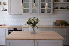 Grey lerhyttan kitchen Pinnarp bänksiva ask Grey Ikea Kitchen, Ikea Kitchen Cabinets, Grey Kitchens, New Kitchen, Home Kitchens, Kitchen Dining, Kitchen Decor, Dining Area, Wooden Benchtop Kitchen
