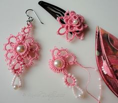 Yarnplayer's Tatting Blog: The busy, busy month of May - Earrings and floral hair ornament #tatting #flower #jewelry