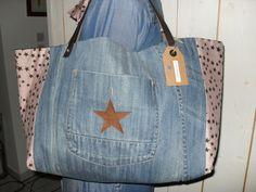 Grand sac cabas en jean et tissu rose à étoiles : Sacs à main par la-fee-dixdoigts