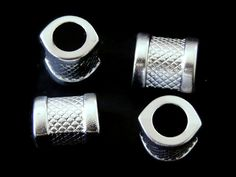 SECP18 Separador para collar, color plateado (plastimetal), medida 1.8cm, precio x 12 piezas $60 pesos, precio x 25 piezas $110 pesos