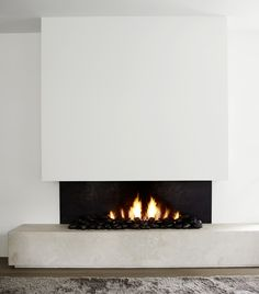 Piet Boon is one of the top interior designers of our time, being one of the most famous Dutch architects and interior designers. Home Fireplace, Living Room With Fireplace, Fireplace Design, Modern Fireplace, Living Rooms, Contemporary Interior Design, Home Interior Design, Interior Decorating, Minimalist Fireplace