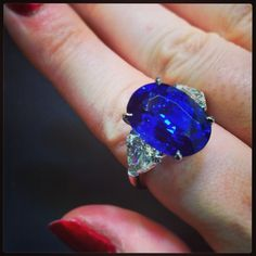 Icy cool blue sapphire and diamond ring. Gold Jewelry, Jewelry Rings, Jewelry Accessories, Fine Jewelry, Jewellery, Sapphire Diamond Engagement, Colour Inspiration, Sparklers, Blue Sapphire