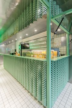 Juice bar Freshigh in Shanghai designed by dongqi Architects