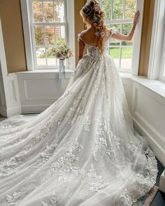 30 Totally Unique Fashion Forward Wedding Dresses ❤ fashion forward wedding dresses a line low back lace floral eveofmilady #weddingforward #wedding #bride #weddingoutfit #bridaloutfit #weddinggown