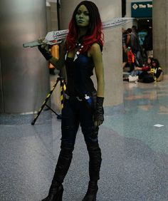 Mirror image  #gardiansofthegalaxy #gamora #beautiful #sexy #powerful #damn #photography #cosplay #costume