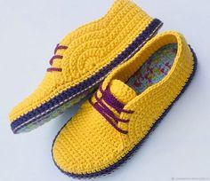 Crochet Socks Leg Warmers Moccasins Oxfords Shoes And Socks Shearling Slippers Crochet Shoes Knitted Baby Sandal Crochet Baby Beanie, Crochet Boots, Crochet Baby Clothes, Crochet Slippers, Baby Knitting, Knitted Baby, Knit Shoes, Sock Shoes, Crochet Flip Flops