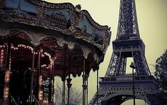 Find images and videos about paris, france and eiffel tower on We Heart It - the app to get lost in what you love. Carrousel, Paris 3, Paris France, Paris Night, Tour Eiffel, Romantic Places, Beautiful Places, Amazing Places, Heavenly Places