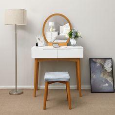 SEA221 Măsuța perfectă pentru machiajul de zi cu zi - http://www.emobili.ro/cumpara/sea221-set-masa-toaleta-cosmetica-machiaj-oglinda-masuta-vanity-805 #eMobili