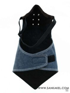 Classic denim mask: **Mask neck warmer SANKAKEL all seasons** Paris **Specifications :** * cotton * Sky blue denim * Quilted cotton lining * All seasons *. Indie Fashion, Mens Fashion, Fashion Tips, Motorcycle Mask, Mouth Mask Fashion, Crochet Mask, Burda Patterns, Mode Jeans, Tactical Clothing
