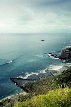 shores away