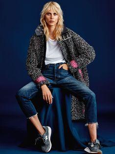 Aymeline Valade is effortless chic for Cover Denmark November 2015 by Rasmus Skousen [editorial] Denim Fashion, New Fashion, Trendy Fashion, Fashion Pics, Fashion Model Poses, Fashion Models, Editorial Photography, Fashion Photography, Photography Ideas