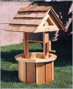 Easy Wood Projects to Do | ... Wishing Well (Plan No. 877) - Outdoor Plans, Projects and Patterns