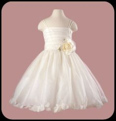 Girls Ivory Petal Dress w. Pleated Bodice & Spaghetti Straps