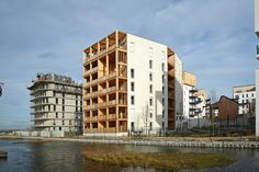 Built by La Nouvelle Agence in Bordeaux, France The 'CANOPEE' plot is located in the GINKO Eco-Quarter, north of Bordeaux. The plot is conceived by the architecture ...