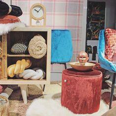 Nieuw! ✨🧡 • • • #be_okay_youngliving #be_okay #decoratie #decoration #beokay #becool #besmart #interior #deco 🧡 Its Okay, Young Living, Concept, Cool Stuff, Interior, Design, Home Decor, Instagram, Furniture