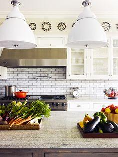 Subway tile makes a great backsplash // Kitchens