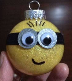 Minion ornaments I bought all of the materials from Michaels . Minion Ornaments, Christmas Ornaments To Make, Noel Christmas, Holiday Crafts, Glitter Ornaments, Disney Ornaments, Modern Christmas, Ball Ornaments, Scandinavian Christmas