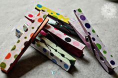 Pretty Magnetic Clothes Pins for displaying fridge art!