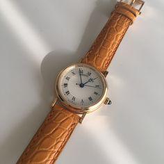 ブレゲをはじめて認識したのは、漫画『ギャラリーフェイク』を読んだとき。王妃マリー・アントワネットのために天才時計師ブレゲが作った幻の時計が登場し、その復元に挑むという物語でした。実在するこの懐中時計、その名も「マリー・アントワネット」は、世界で最も優れた、最も美しい時計をと、当時の時計技術の粋を結集。搭載された複雑機構のオンパレードは漫画の中でも圧巻で、そのため注文から完成までに、なんと44年の歳...