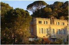 La Madone, Apt, maison d'antiquaire - appartements d'hôtes ♥♥♥