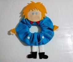 Puppet do Pequeno Príncipe para lente de máquina fotográfica feito sob medida e adaptável com elástico. Desenvolvemos temas idealizados pelo cliente.  www.elo7.com.br/feltrolices www.facebook.com/feltrolices