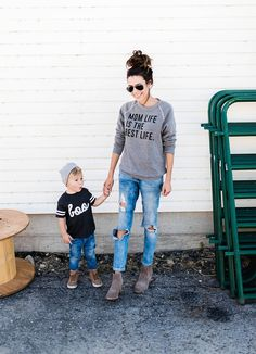 Mom and Mini graphic tees Boys Toddler Fashion Mom And Son Outfits, Stylish Mom Outfits, Casual Fall Outfits, Baby Boy Outfits, Summer Outfits, Young Mom Outfits, Fashionable Mom, Family Outfits, Stylish Baby