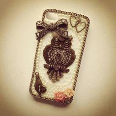 Vintage owl phone case