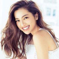 中村アンさんも篠原涼子さんも!いくつになっても「かきあげヘア」が色っぽい!