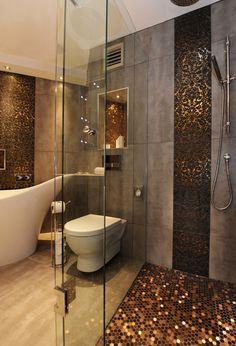 Salle de bain gris et or