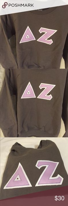 Delta Zeta Block Letter T Shirt Dz Cotton Tshirt Size S Green