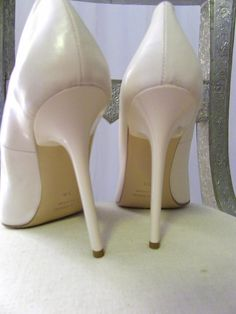 http://www.ebay.com/itm/KARLA-WEISS-ITALY-PUMPS-SCHUHE-HEELS-STILETTO-DECOLTE-LEATHER-CIPRIA-38-/300921076453?pt=Donna_Scarpe=item46104b3ae5