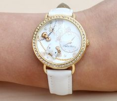 Hello Kitty Diorama Watch: Must Have!!