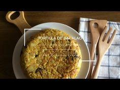 Una tortilla sabrosa, jugosa y con un aspecto delicioso, ideal como aperitivo o primer plato con una ensalada fresca.
