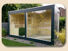 Saunahaus Design mit Glasfront
