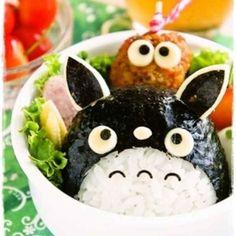 My Neighbor Totoro, Studio Ghibli, onigiri, rice ball; Anime Bento, Kawaii Bento, Cute Bento Boxes, Bento Box Lunch, Japanese Lunch Box, Japanese Food, Bento Recipes, Bento Ideas, Lunch Ideas