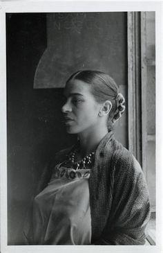 """thenoguchimuseum: """"Retrato de Frida Kahlo encontrados nos arquivos de Isamu…                                                                                                                                                                                 Más"""