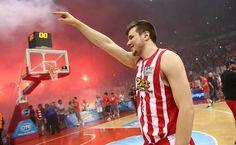 ΑΓΡΑΒΑΝΗΣ... ΤΕΛΟΣ! Ο Δημήτρης χάνει το υπόλοιπο της σεζόν, υπέστη ρήξη πρόσθιου χιαστού. Κλασσική Ολυμπιακή χρονιά... #Red_White #Dimitris_Agravanis #Olympiacos