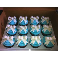 Tiffany cupcakes Tiffany Cupcakes, Girl Birthday Cupcakes, Fairy Cakes, Decorations, Drink, Food, Beverage, Dekoration, Drinking