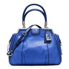 490239824d42 Love this beautifully designed bag that has incredible details. I highly  recommend it to anyone