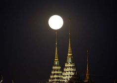 Super moon in Bangkok