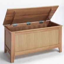 Sherwood Oak Blanket Box