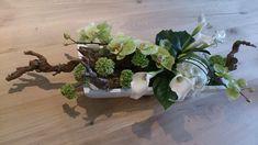 Funeral Flower Arrangements, Funeral Flowers, Floral Arrangements, Flower Show, Flower Art, Funeral Tributes, All Saints Day, Arte Floral, Floral Centerpieces