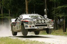 Lancia Martini 037