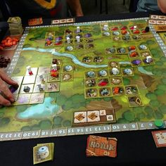 Hoyuk! Like Carcassonne, but on STEROIDS! Family Board Games, Fun Board Games, Games Box, Diy Games, Games To Play, Board Game Box, Board Game Design, Jenga, Bored Games