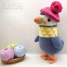 Bonny the Penguin. Pattern by Pica Pau. Made by Kneat Handicrafts. Handicraft, Penguins, Dinosaur Stuffed Animal, Anna, Crochet Hats, Bird, Toys, Pattern, Handmade