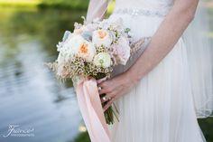 Lake Oak Meadows Wedding Photo | Winery Wedding Venue | Vitagliano Vineyards and Winery | Temecula Wedding | Bride | Brides Style | Brides Bouquet | Wedding Florals | Rachel Jay of France Photographers