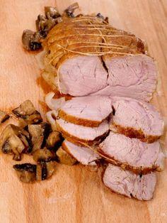 Roasted Turkey Legs, How To Dry Rosemary, Raw Honey, Steak, Dishes, Food, Garlic Powder, Sauce, Beef