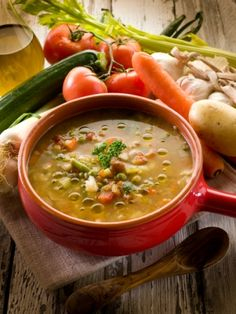 Slow Cooker Chunky - Lentil & Veggie Soup